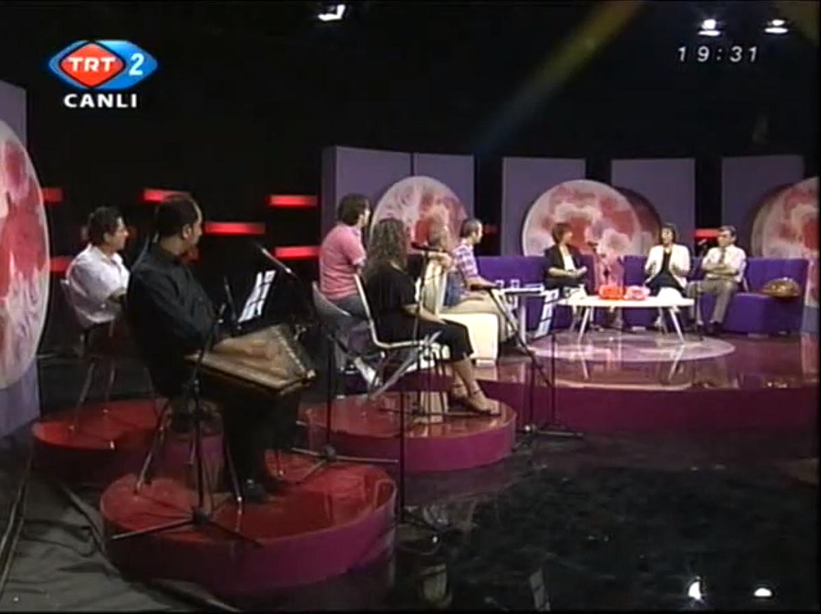 """TRT 2 / """"AŞK OLSUN"""""""